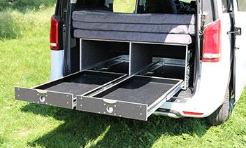 Campingbox für den Kofferraum einer V-Klasse